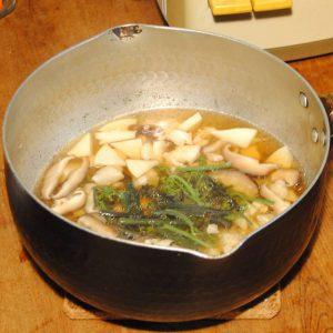 しいたけレシピ_しいたけと山菜の炊き込みご飯②